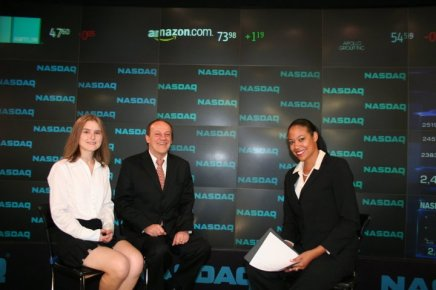 Daria and Bruno are interviewed at the Nasdaq Stock Exchange in New York City.